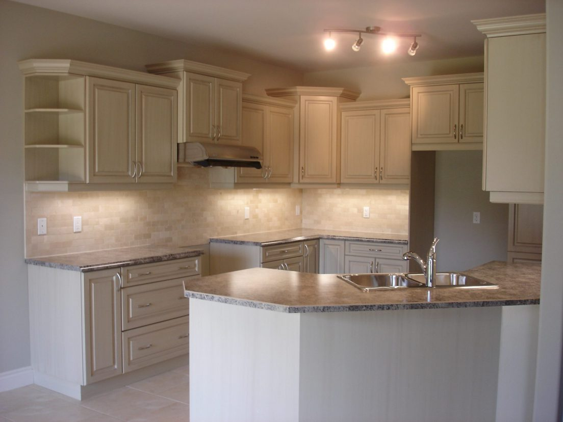 Classic kitchens kitchens by paul holden for A z kitchen cabinets ltd calgary